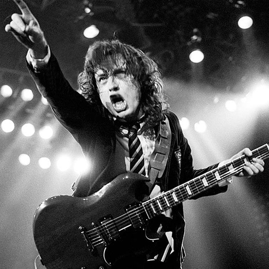 AC/DC: simplesmente Rock And Roll